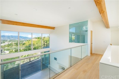 Studio City Single Family Home For Sale: 3631 Sunswept Drive