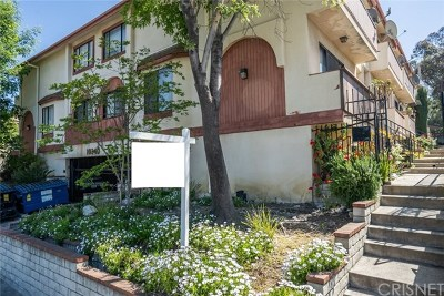 Tujunga Condo/Townhouse Active Under Contract: 10240 Silverton Avenue #8