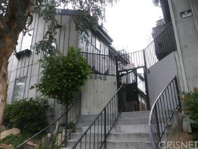 Panorama City Condo/Townhouse For Sale: 9342 Van Nuys Boulevard #17