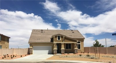 Palmdale Single Family Home For Sale: 41956 Sonoma Road