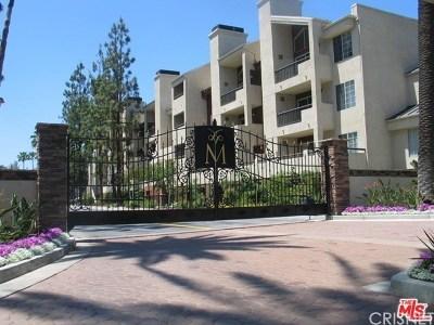 Woodland Hills Condo/Townhouse For Sale: 5525 Canoga Avenue #219
