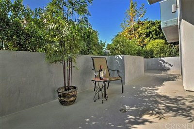 Studio City Condo/Townhouse For Sale: 12045 Guerin Street #102
