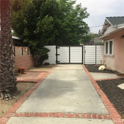 Sun Valley Multi Family Home For Sale: 11010 Penrose Street