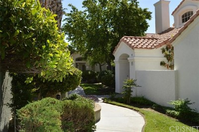 Palmdale Condo/Townhouse For Sale: 37940 42nd Street E #155