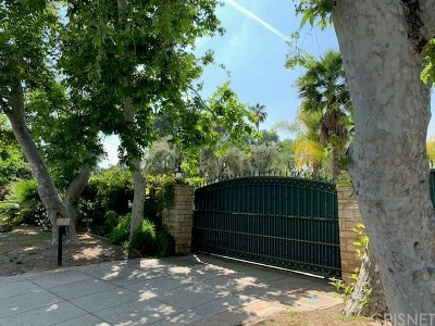 Tarzana Single Family Home For Sale: 19221 Wells Drive