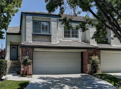 Valencia Condo/Townhouse For Sale: 24402 Hampton Drive #B