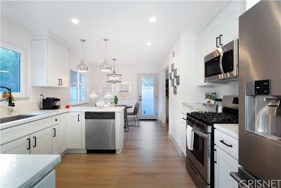 Tarzana Single Family Home For Sale: 19545 Valdez Drive