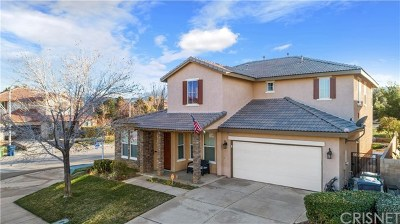 Palmdale Single Family Home For Sale: 40631 Pinina Court
