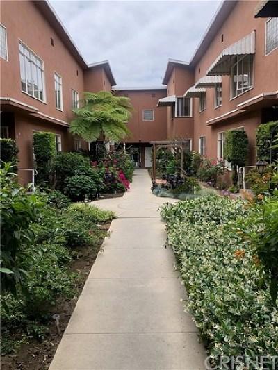 Long Beach Condo/Townhouse For Sale: 330 Chestnut Avenue #7