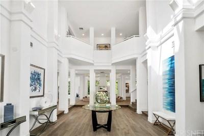 Calabasas Single Family Home For Sale: 25040 Rey Alberto Court