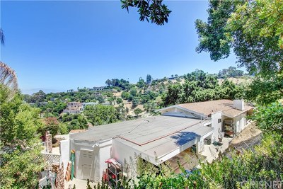 Sherman Oaks Single Family Home For Sale: 14858 Round Valley Drive