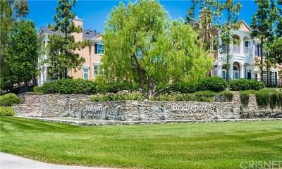 Valencia Condo/Townhouse For Sale: 26828 Willow Creek Lane #21