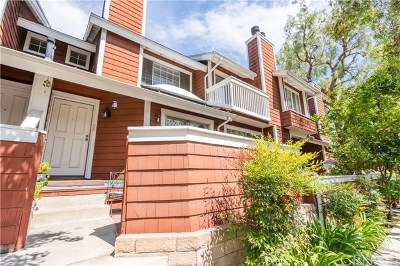 Reseda Condo/Townhouse For Sale: 19431 Sherman Way #21