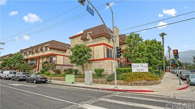 Sylmar Condo/Townhouse For Sale: 14287 Foothill Boulevard #34