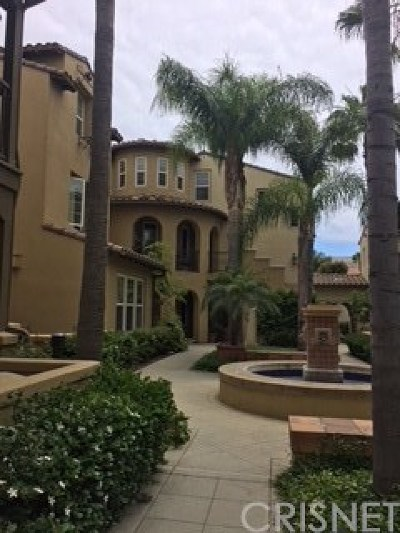 Huntington Beach Condo/Townhouse For Sale: 21339 Cieza Circle