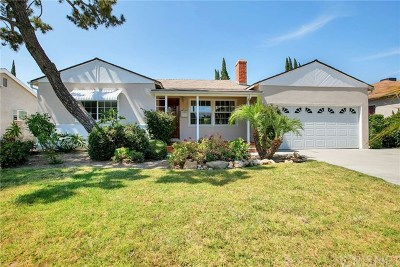 Valley Glen Single Family Home For Sale: 12537 Collins Street