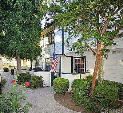 Sylmar Condo/Townhouse For Sale: 14425 Foothill Boulevard #20