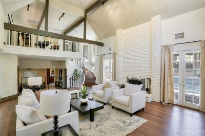Chatsworth Single Family Home For Sale: 22860 Trigger Street