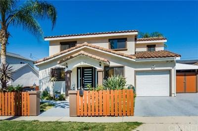 Single Family Home For Sale: 5726 Newcastle Avenue