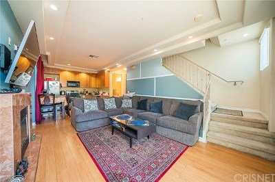 North Hollywood Condo/Townhouse For Sale: 12042 Hart Street #1