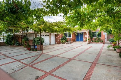 Single Family Home For Sale: 19033 Erwin Street