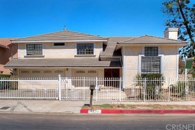 Winnetka Single Family Home For Sale: 8202 Oakdale Avenue