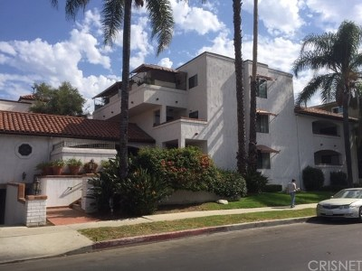 Sherman Oaks Multi Family Home For Sale: 15323 Weddington Street