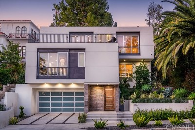 Hollywood Hills East CA Single Family Home For Sale: $2,324,800