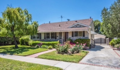 Los Angeles County Single Family Home For Sale: 5429 Alcove Avenue