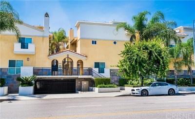 Sherman Oaks Condo/Townhouse For Sale: 5521 Kester Avenue #9