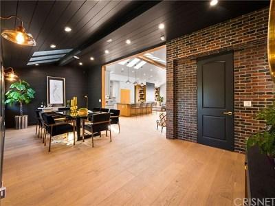 Sherman Oaks Single Family Home For Sale: 5423 Buffalo