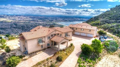 Lake Elsinore Single Family Home For Sale: 31640 El Cariso Truck