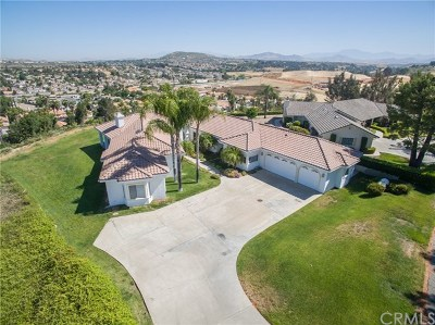 Riverside, Temecula Single Family Home Active Under Contract: 40215 Paseo Sereno