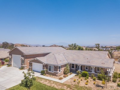 Menifee Single Family Home For Sale: 31636 Tramore Circle