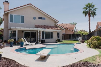 Menifee Single Family Home For Sale: 30619 Blue Lagoon Circle