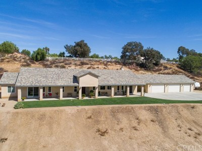 Temecula Single Family Home For Sale: 42251 Altanos Road
