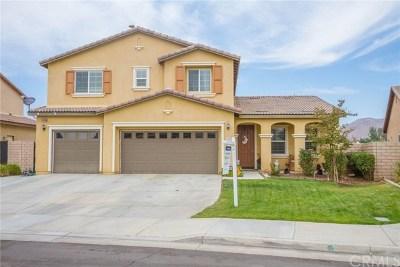Wildomar Single Family Home For Sale: 34090 Clovis Way