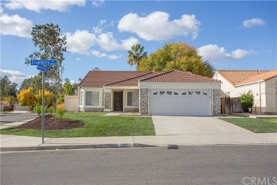 Murrieta Single Family Home For Sale: 39579 Silverberry Court