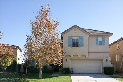Lake Elsinore Single Family Home For Sale: 67 Plaza Avila