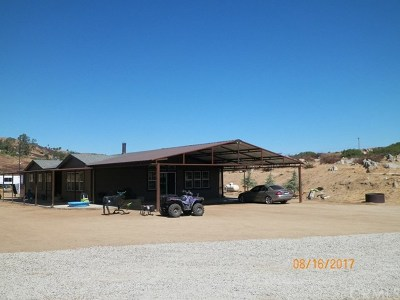 Hemet Single Family Home For Sale: 42975 Stanley Road