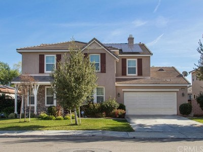 Menifee Single Family Home For Sale: 33382 Lazurite Way