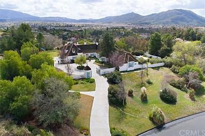 Temecula Single Family Home For Sale: 43664 Manzano Drive