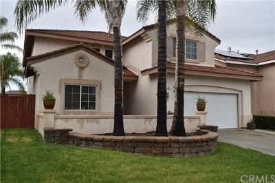 Lake Elsinore Single Family Home For Sale: 29 Villa Ravenna