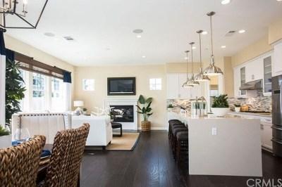 Signal Hill Single Family Home For Sale: 2515 Gaviota Avenue
