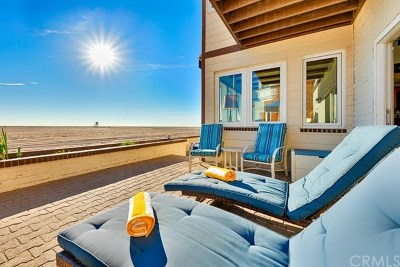 Newport Beach Multi Family Home For Sale: 514 W W Oceanfront
