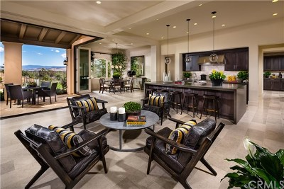 Single Family Home For Sale: 32350 Via Angelica