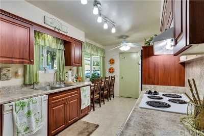 Menifee Condo/Townhouse For Sale: 25731 Cherry Hills Boulevard
