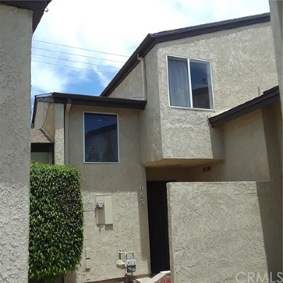 Lake Elsinore Condo/Townhouse For Sale: 683 Parkview Drive