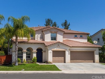 Temecula Single Family Home For Sale: 31958 Calle Balareza