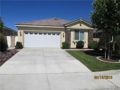 Menifee Single Family Home For Sale: 30275 Moon Star Circle